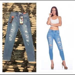 🆕 Distressed rip & repaired Mid Rise Ankle Skinny